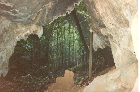 Caves near Kanchanaburi 1988 001