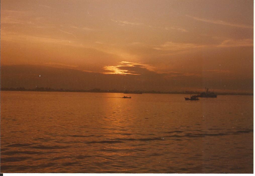 Straits of Malacca Penang 1985 no 2 001
